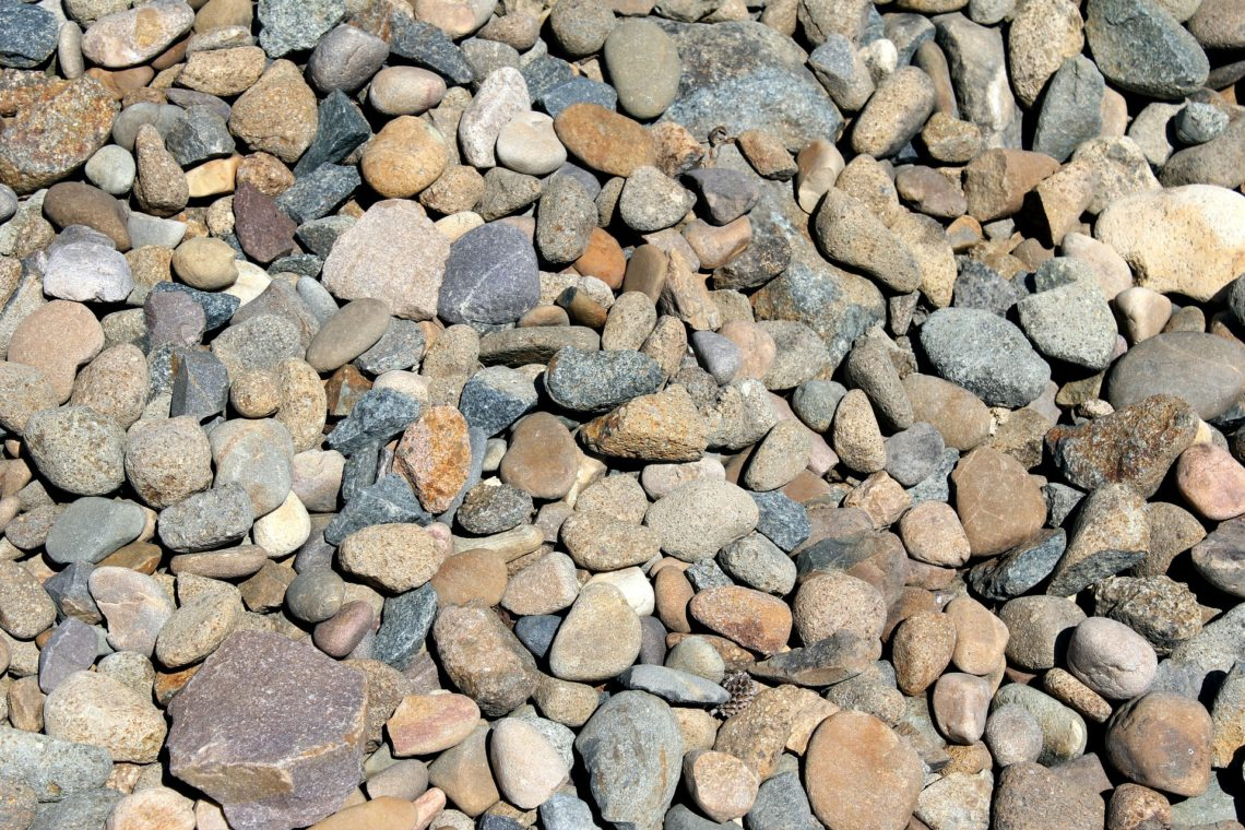 Rock mulch: why you shouldn't choose it and what you should do instead